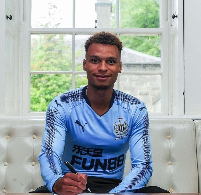 Jacob Murphy signs for Newcastle United