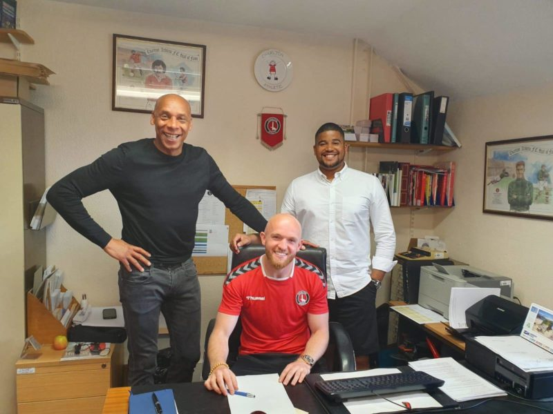 Jonny Williams Signs an Extended Deal at Charlton Athletic