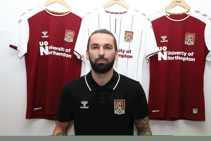 Ricky Holmes re-joins Northampton Town