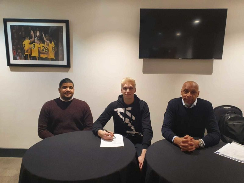 Andreas Sondergaard Signs New Deal with Wolverhampton Wanderers