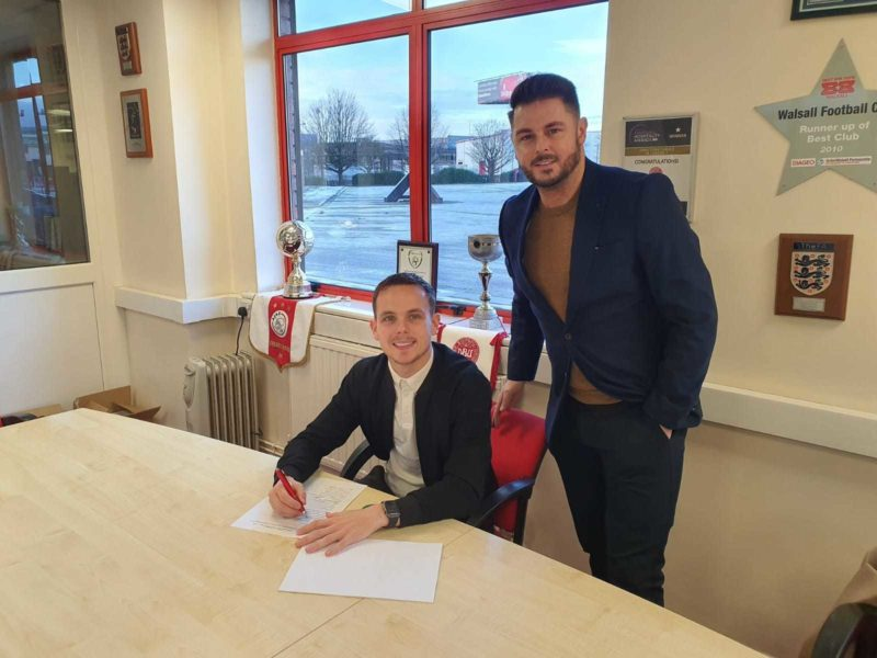 Liam Kinsella signs New Deal with Walsall FC