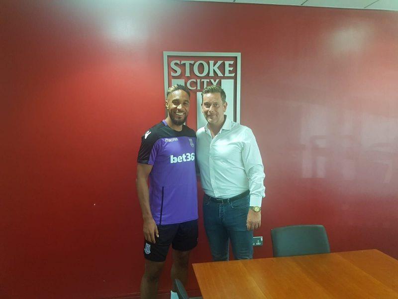 Ashley Williams joins Stoke City on a season-long loan