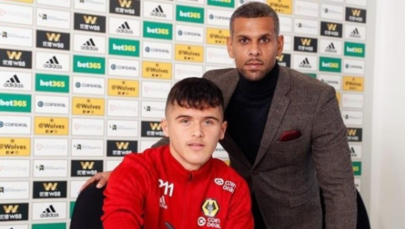 Ryan Giles signs New Four-Year Deal with Wolverhampton Wanderers